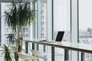 Office-alesia-kazantceva-283288-unsplash